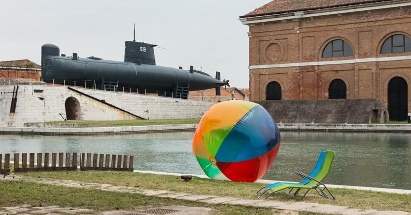 Rugile Barzdziukaite, Vaiva Grainyte, Lina Lapelyte, Sun & Sea (Marina), opera-performance, Biennale Arte 2019, Venice © Andrej Vasilenko.