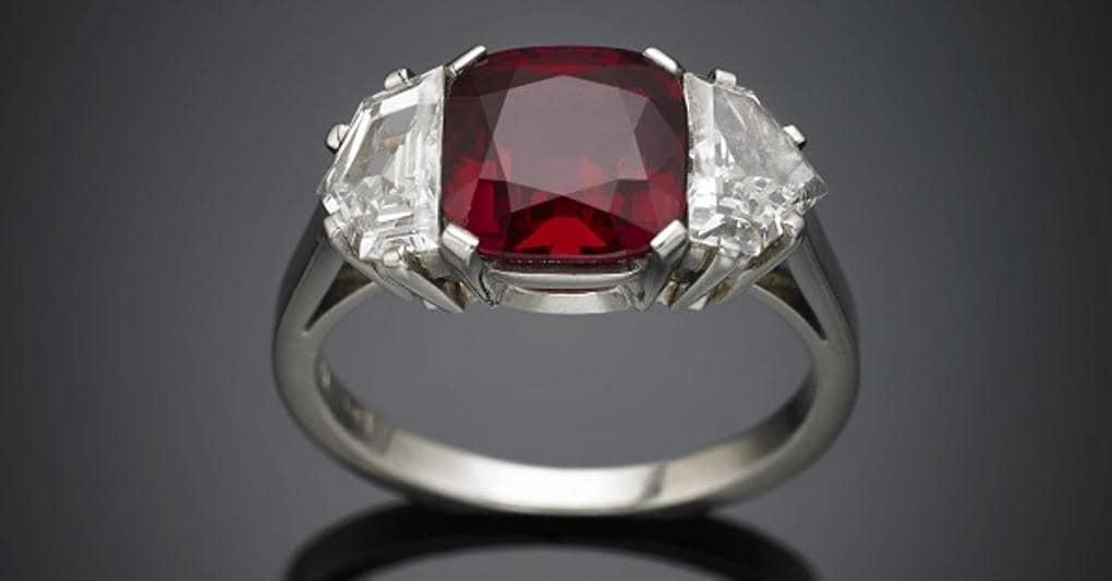 cf4397baaf8d8b Nuove mode: ora i privati scelgono di acquistare i gioielli in asta ...