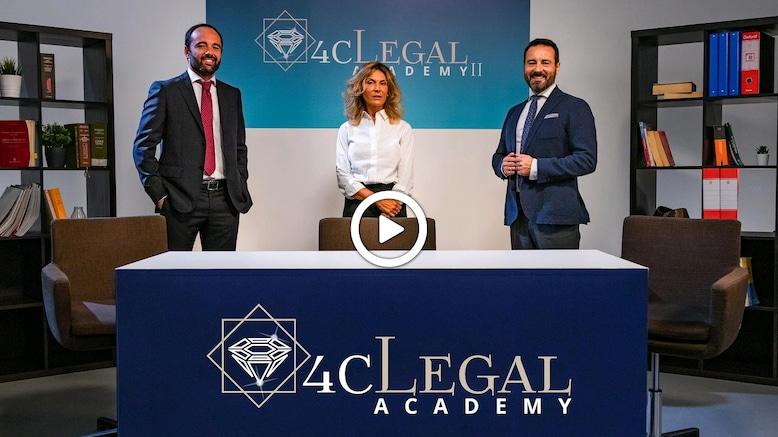 La giuria della 4cLegal Academy: Alessandro Renna, Lorena Urtiti, Mario Alberto Catarozzo