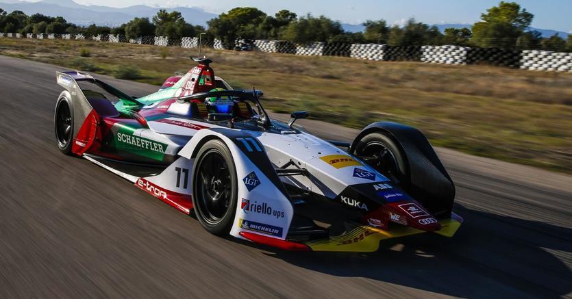 Il 15 dicembre inizia la quinta stagione del Campionato di Formula E con l'ingresso delle monoposto di Gen2 e gare su circuiti inediti. Nella foto la nuova Audi FE05