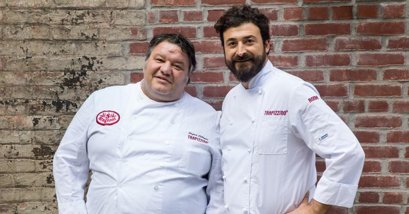 Stefano Callegari (a sinistra). Nel 2008 ha inventato il primo trapizzino nel quartiere romano di Testaccio