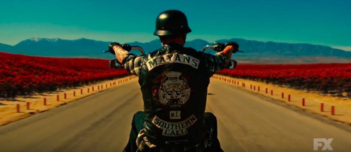 Fotogramma preso dal trailer della serie Mayans (FX)