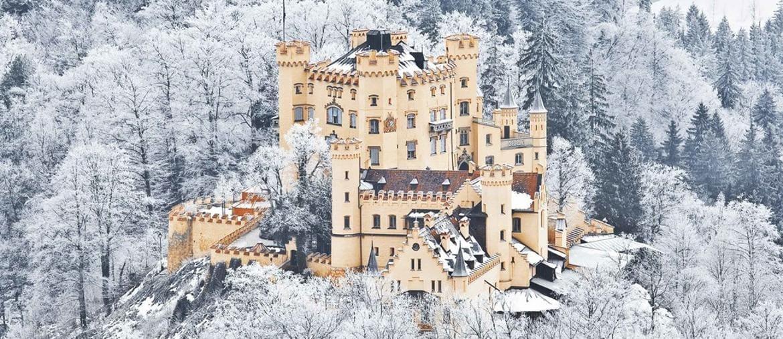 Il castello di Hohenschwangau, fatto restaurare da Re Maximilian II, padre di Ludwig