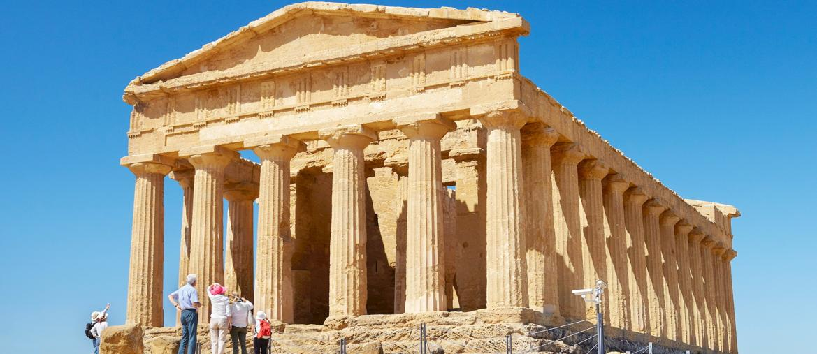 Tempio di Concordia, Valle dei Templi, Agrigento. (Marka)