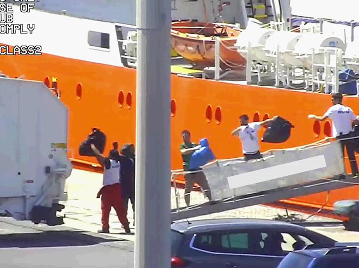 Catania, Aquarius sotto sequestro