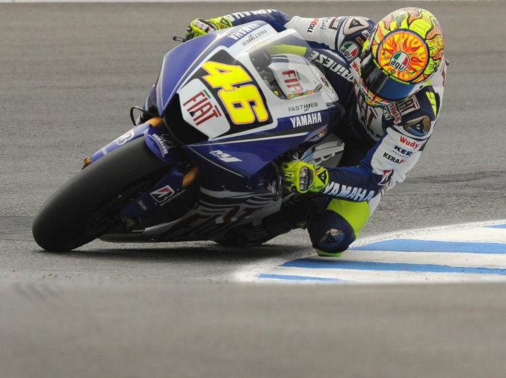 Rossi riparte in quinta