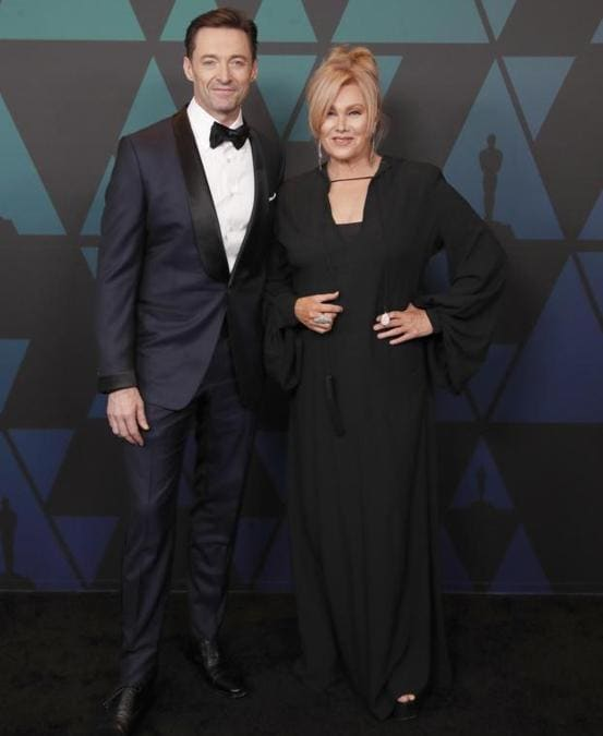 Hugh Jackman (in Tom Ford) e Deborra-Lee Furness in Yves Saint Laurent.