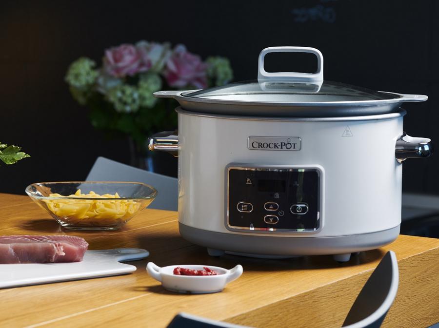 Crock-Pot e Crock-Pot Sauté, per una cottura lenta, senza bisogno di controllo, con contenitore di ceramica interno amovibile. Nessuna perdita di liquidi, nutrienti e sapori