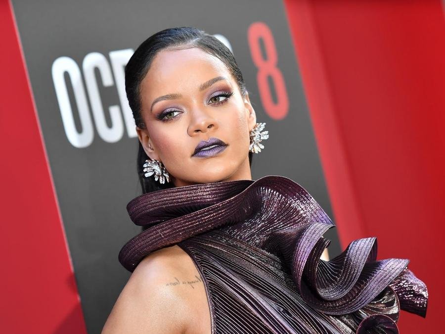 Rihanna ai Grammy Award 2018, presentazione del film Ocean's 8. (Photo by ANGELA WEISS / AFP)
