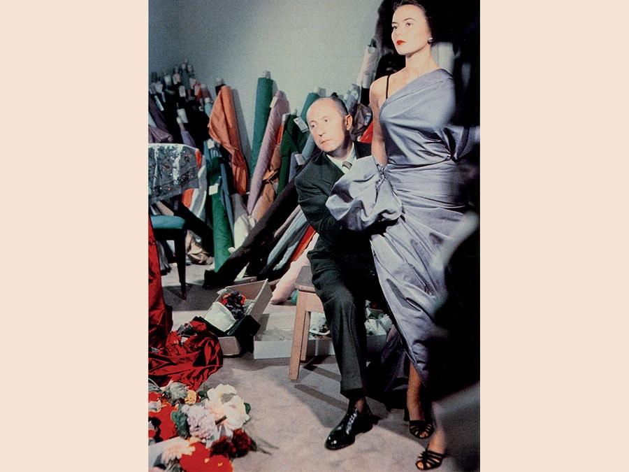 Christian Dior con la modella Sylvie, circa 1948. Courtesy of Christian Dior