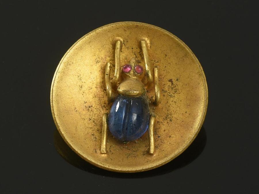 Bottone in metallo e pasta di vetro a motivo d'insetto, attribuito alla Maison GRIPOIX, anni '30, stima 80-100 euro