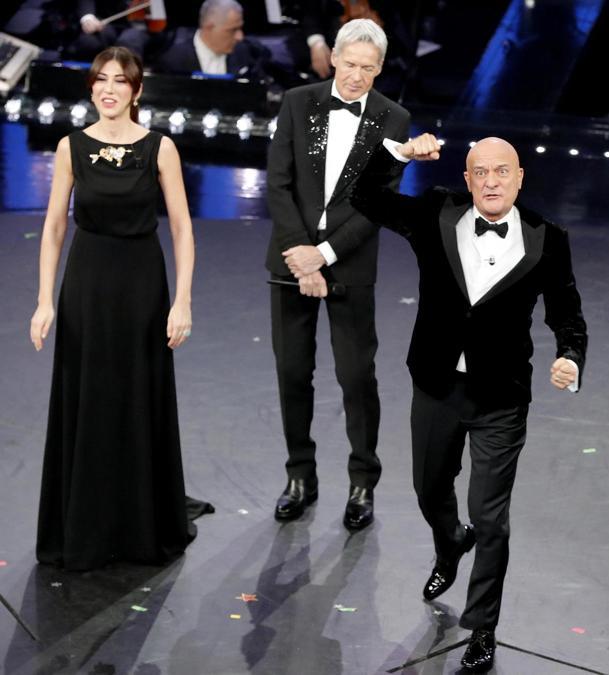 Claudio Baglioni, Virginia Raffaele  e Claudio Bisio. (ANSA/RICCARDO ANTIMIANI)