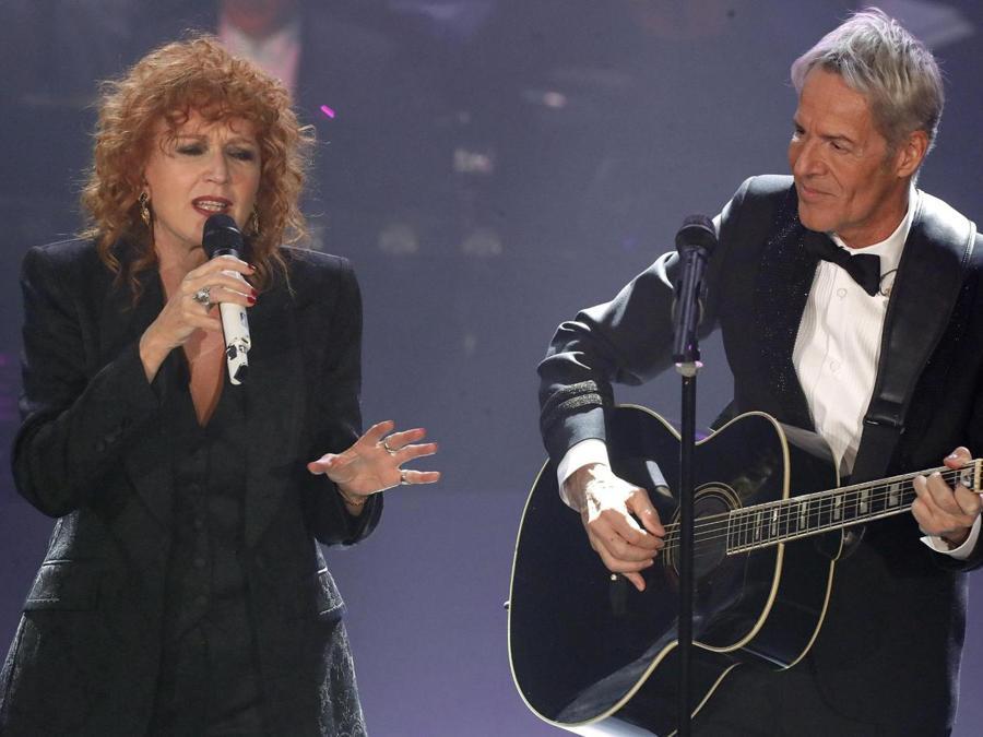 Claudio Baglioni e Fiorella Mannoia   (ANSA/RICCARDO ANTIMIANI)