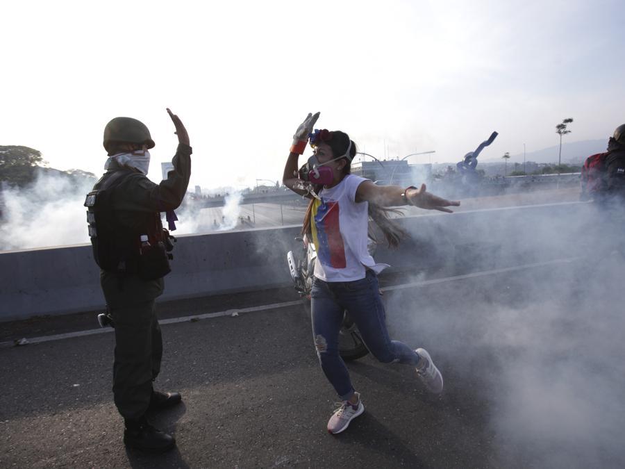 (AP Photo/Boris Vergara)