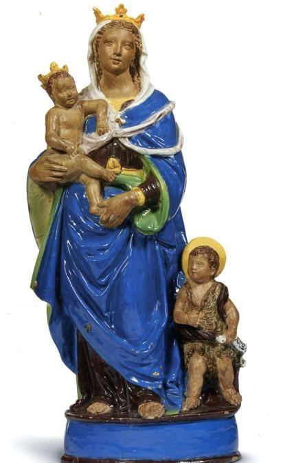 """Pandolfini, una """"Madonna col Bambino e San Giovannino"""" del 1520 circa, di Giovanni della Robbia, alta 63 cm, in terracotta parzialmente invetriata policroma, stima 40-60mila euro realizzo 75mila euro"""