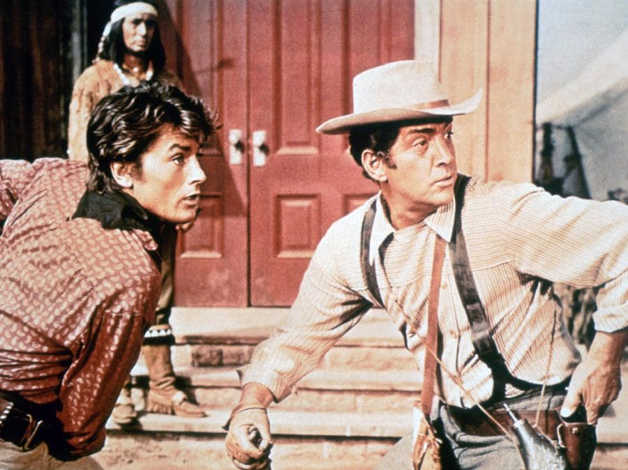 «Texas, oltre il fiume» del 1966 di Michael Gordon, con Alain Delon e Dean Martin. (COLLECTION CHRISTOPHEL © Universal Pictures)