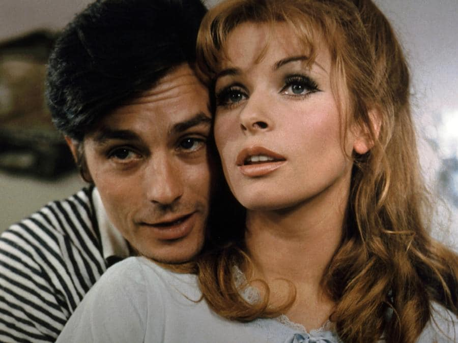 «Diabolicamente tua» del 1968, di Julien Duvivier, con Alain Delon e Senta Berger. (COLLECTION CHRISTOPHEL © Comacico / Eichberg Film / Igor Film)