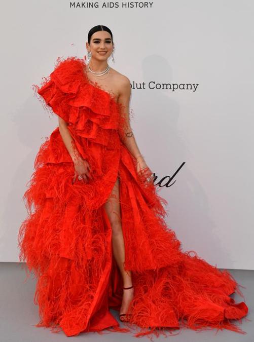 Dua Lipa in Valentino Haute Couture