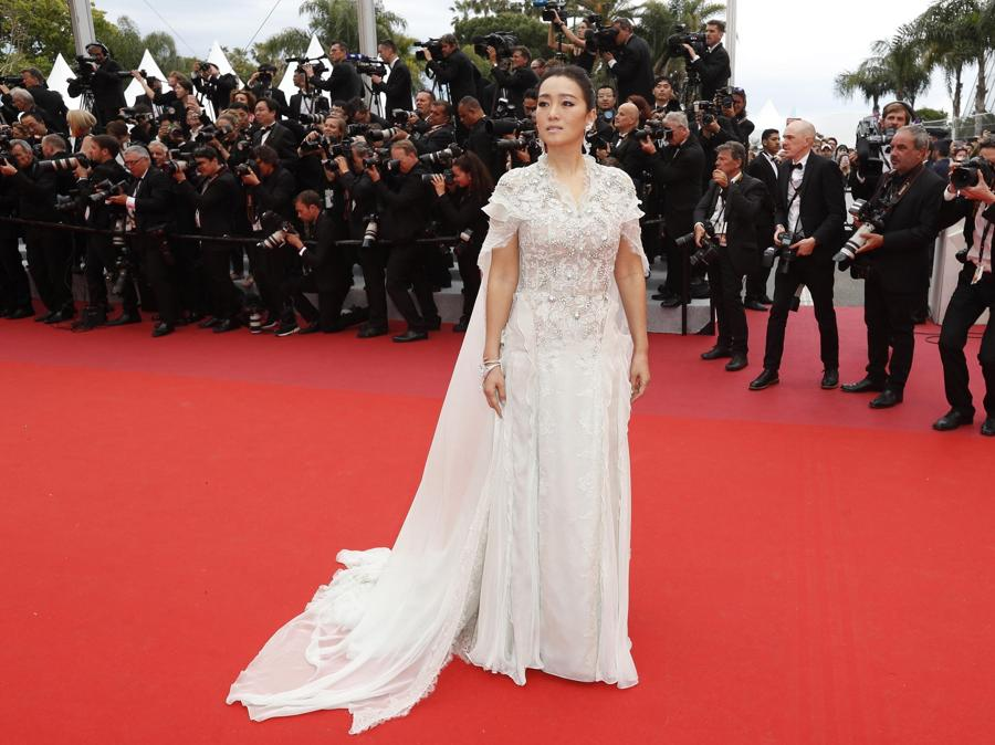 Gong Li in Ralph  Russo Couture (EPA/GUILLAUME HORCAJUELO)