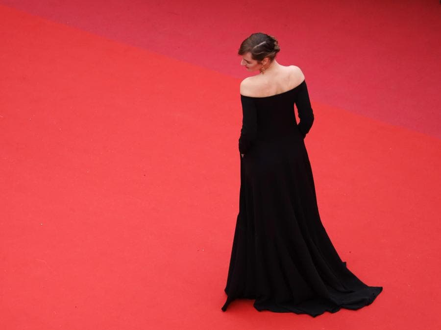 Louise Bourgoin in Valentino (EPA/ANDREAS RENTZ / GETTY IMAGES)