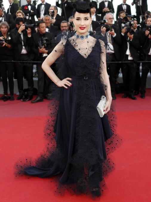 Dita Von Teese ha indossato un abito Alexis Mabille couture e gioielli Chopard