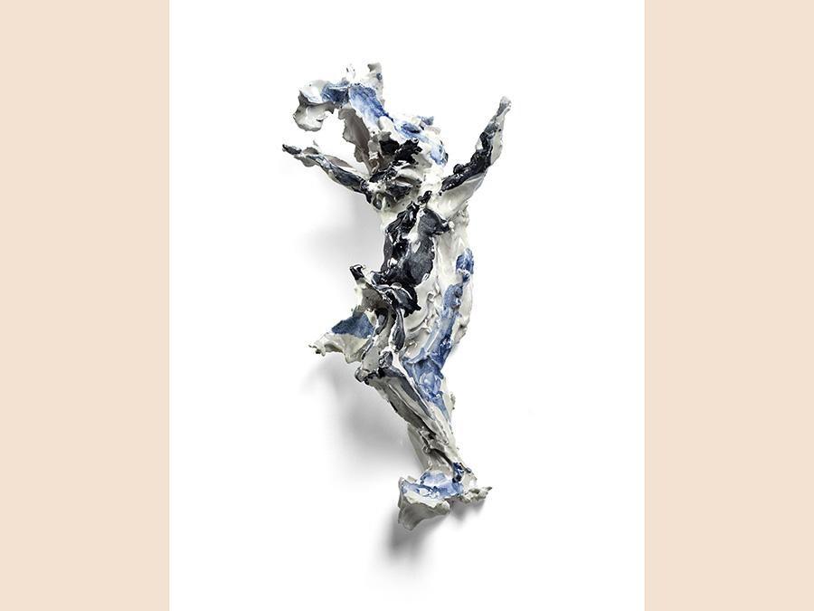 Il Ponte ceramica di Lucio Fontana «Crocifissione» venduta con altre due ceramiche per oltre 1milione di euro