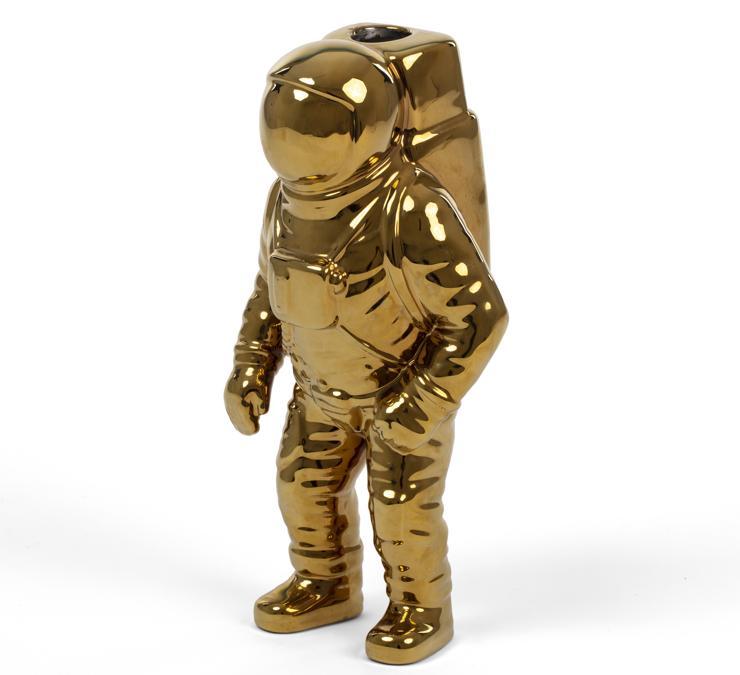 La versione Gold dello spaceman di Diesel Living with Seletti