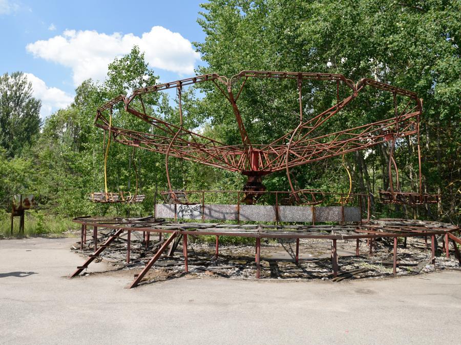 Ciò che resta nel parco dei divertimenti a  Pripyat (Stringer / Sputnik)