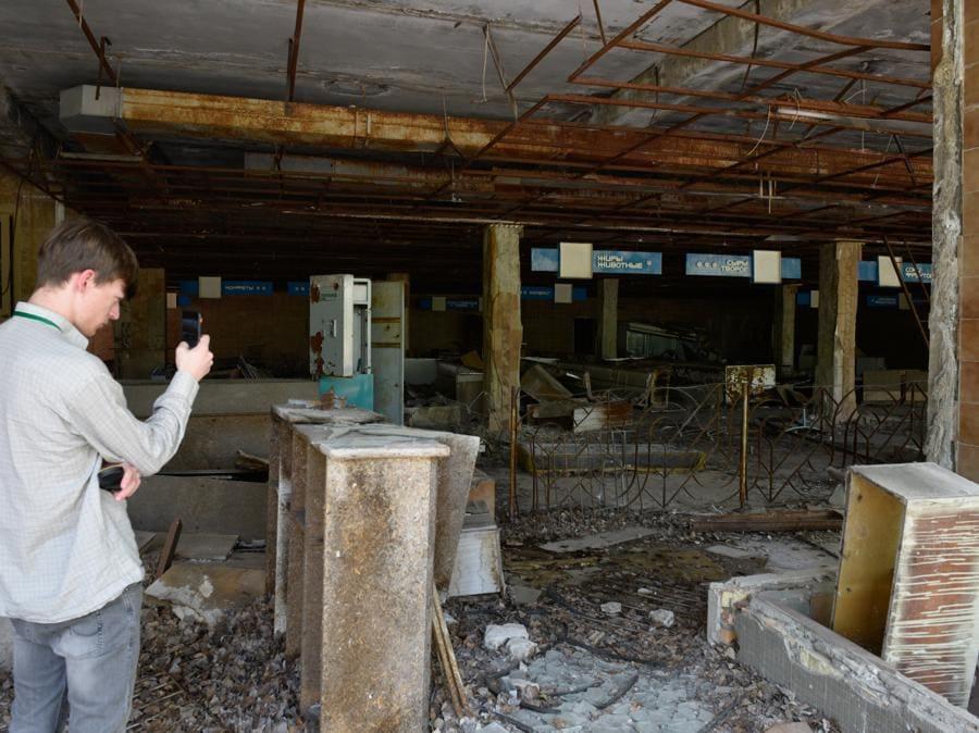 Ciò che resta  di un supermercato a Pripyat (Stringer / Sputnik)