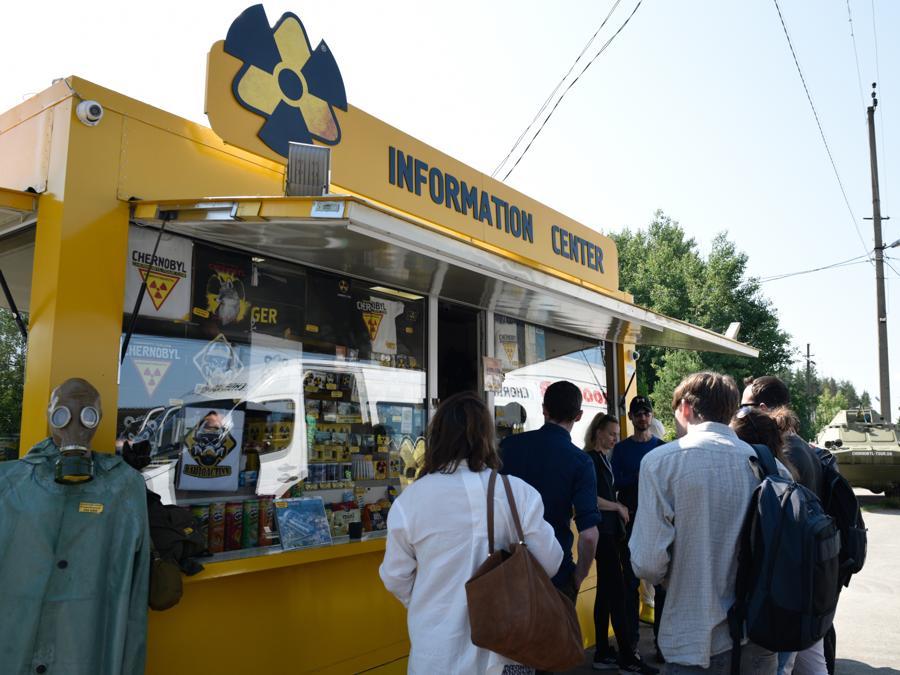 Il centro informazioni a Dityatki in prossimità di Chernobyl  (Stringer / Sputnik)