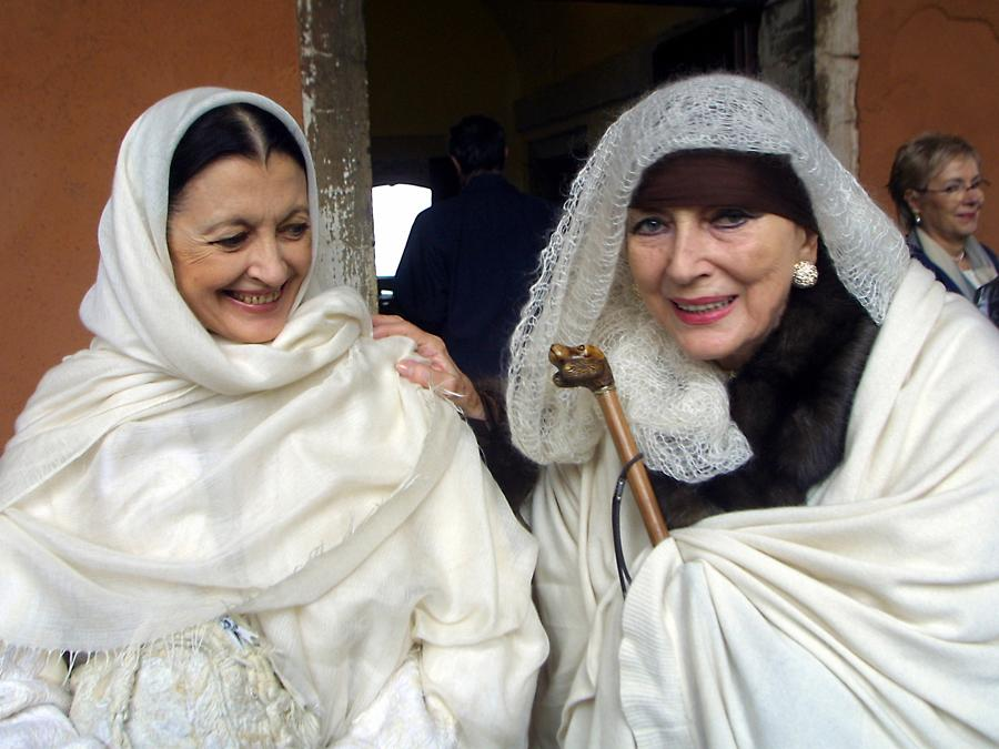 Carla Fracci con Valentina Cortese (Agf)