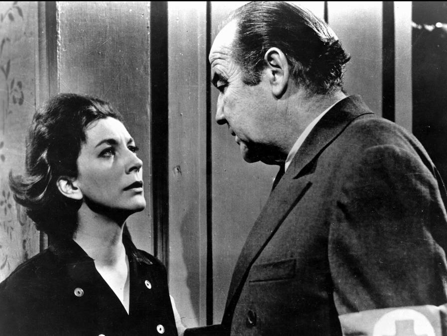 Square of Violence (YUGOSLAVIA / US 1961), Valentina Cortese con Broderick Crawford (Agf)
