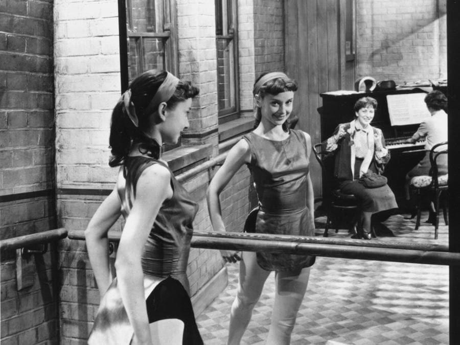 The secret people (UK 1952) Valentina Cortese, Audrey Hepburn (Agf)