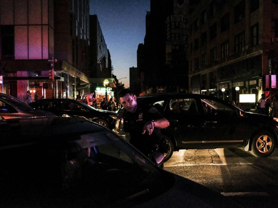 Il blackout di questa notte a New York   (Byron Smith/Getty Images/AFP)