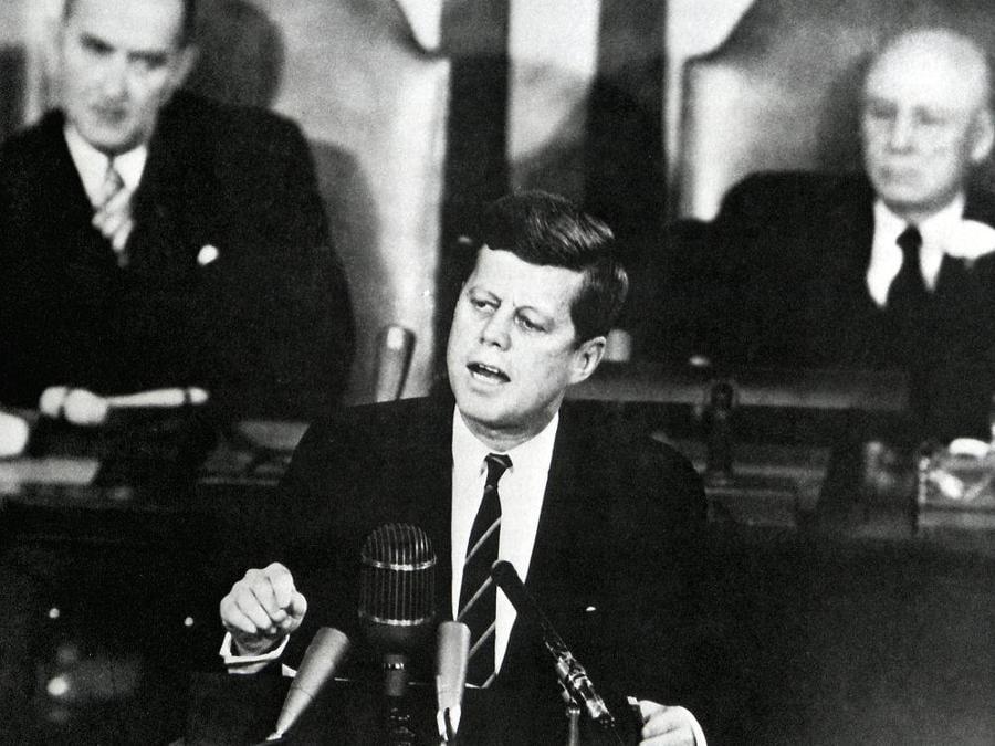 25 maggio 1961, Washington. Il presidente John F. Kennedy durante il suo discorso al  Congresso (Epa
