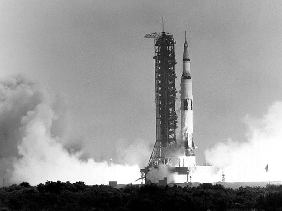16 luglio   1969, Florida. Il lancio dell'Apollo 11 (Afp)