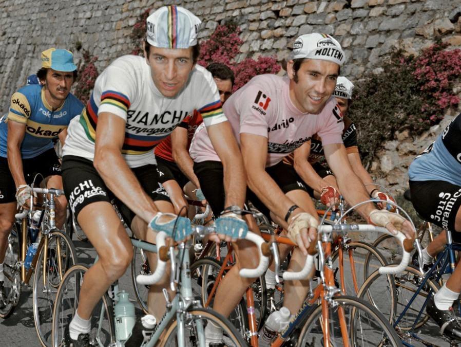 1974, Giro d'Italia . Felice Gimondi e Eddy Merckx in maglia rosa (Ipp)