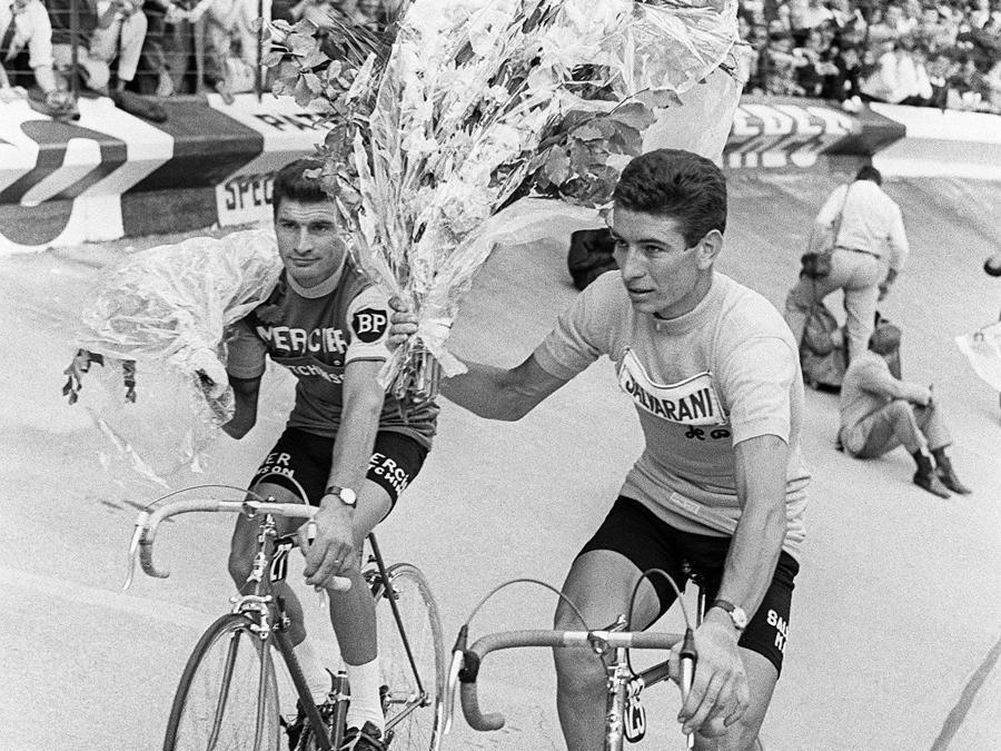 1965, Tour de France. A destra, Felice Gimondi (Af')