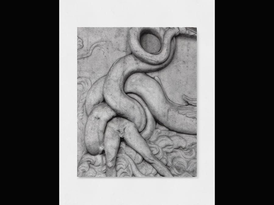 Elisa Sighicelli, 'Untitled (9070)' 2018, 100x80x4 cm. Fotografia stampata su marmo. Su concessione del Ministero per i Beni e le Attività Culturali - Museo Archeologico Nazionale di Napoli (foto di Sebastiano Pellion di Persano)