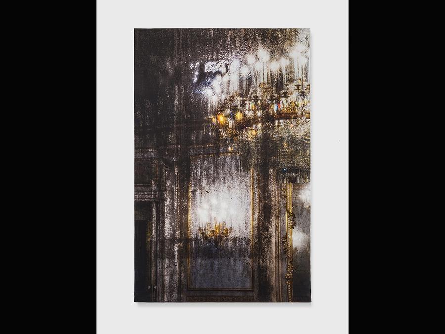 Elisa Sighicelli, 'Untitled (9178)' 2018, 214x143 cm. Fotografia stampata su raso (foto di  Sebastiano Pellion di Persano)