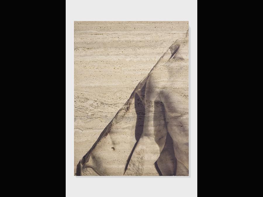 Elisa Sighicelli, 'Untitled (7056)' 2018 136x184x4 cm. Stampa UV su travertino (foto di  Sebastiano Pellion di Persano)
