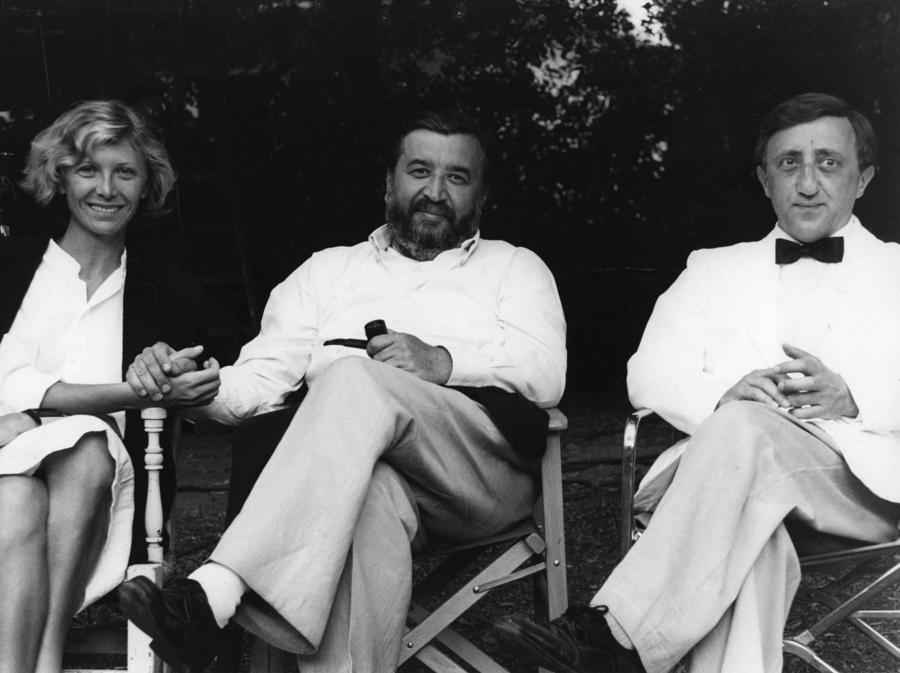 1985. Aurore Clement, Pupi Avati e Carlo Delle Piane sul set del film 'Festa di laurea' (Fotogramma)