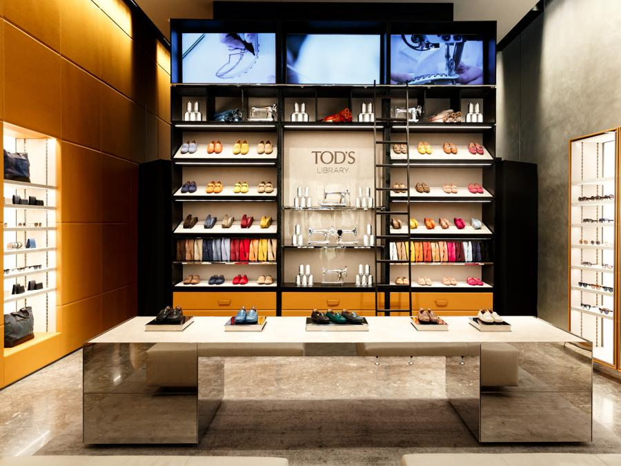 Tod's  library boutique  Hudson Yards