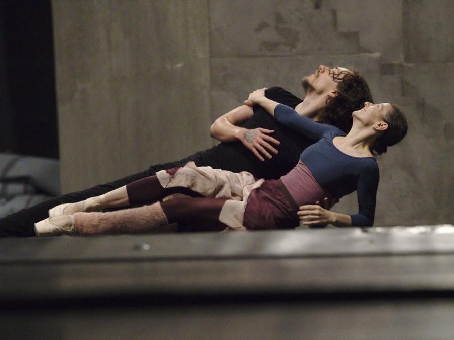 Cojocaru e Polunin in un momento delle prove della scena del balcone da Romeoe e Giulietta di Johan Kobborg (foto Ivan Sjak)
