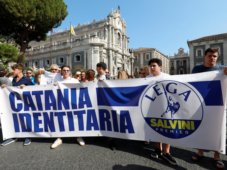 Sostenitori di Matteo Salvini (Reuters)