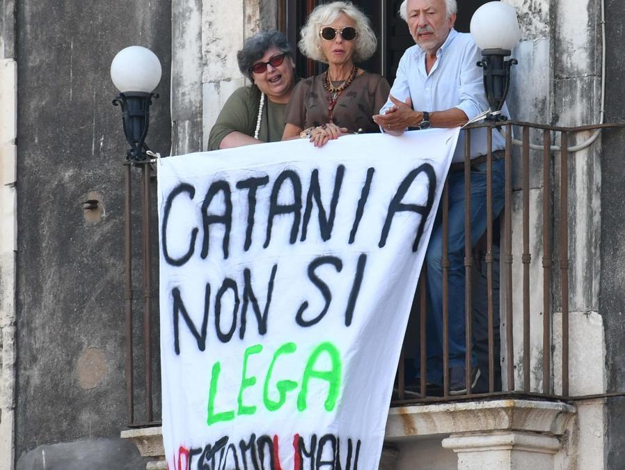 Contestazione nei confronti di Matteo Salvini (Ansa)