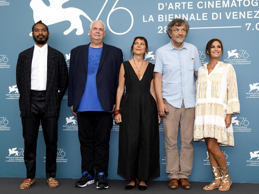 I membri della giuria: Terence Nance, Michael J. Werner, Antonietta De Lillo, Emir Kusturica and Hend Sabry. (ANSA/CLAUDIO ONORATI )