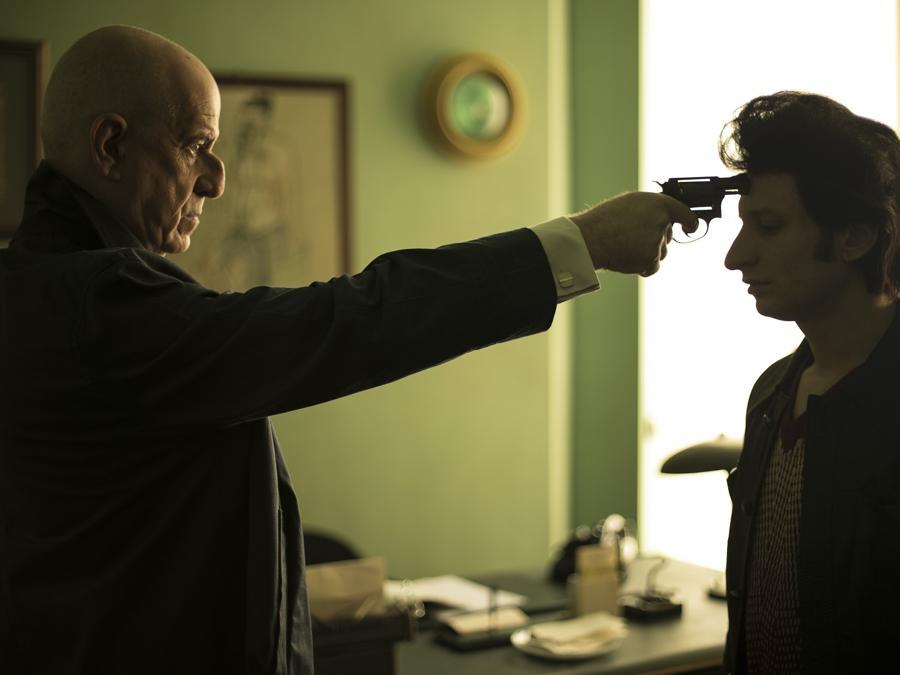 Toni Servillo in una scena del film