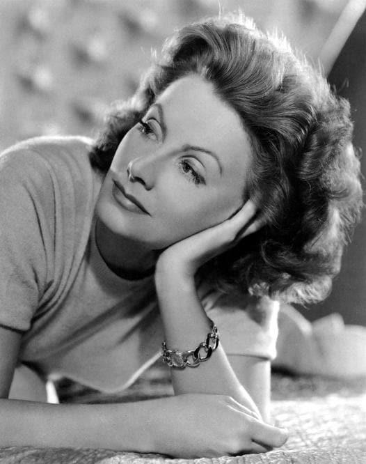 Greta Garbo con il Curb-Link