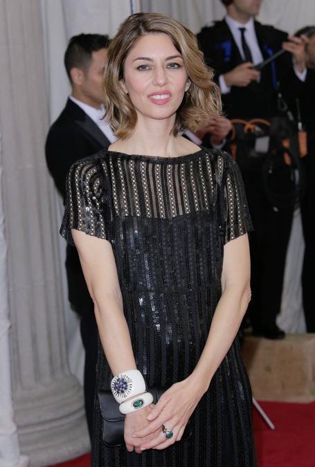 Sofia Coppola con i bracciali